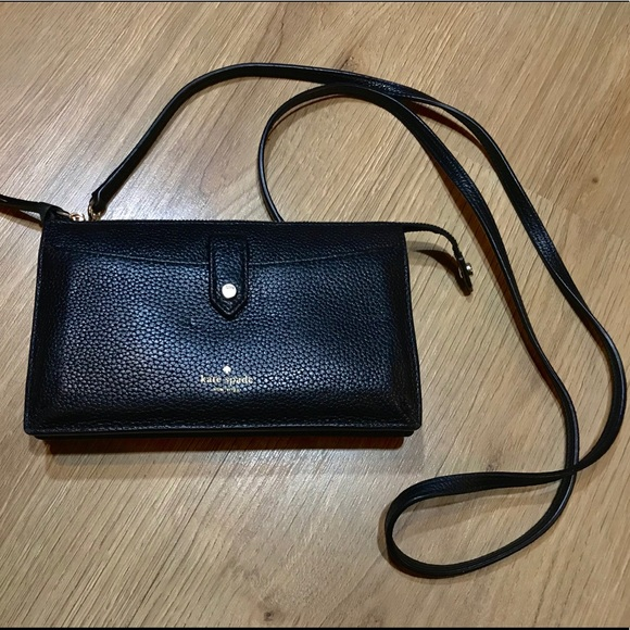 Kate Spade Jackson Crossbody Wallet with Strap